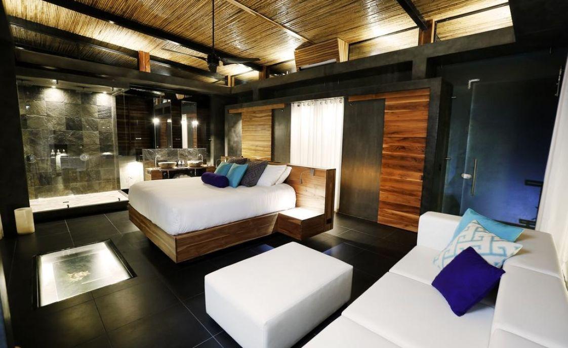Kura Hotel